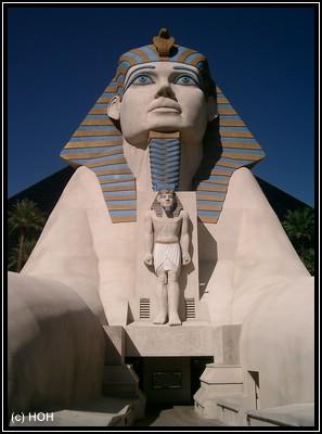 Sphinx beim Luxor