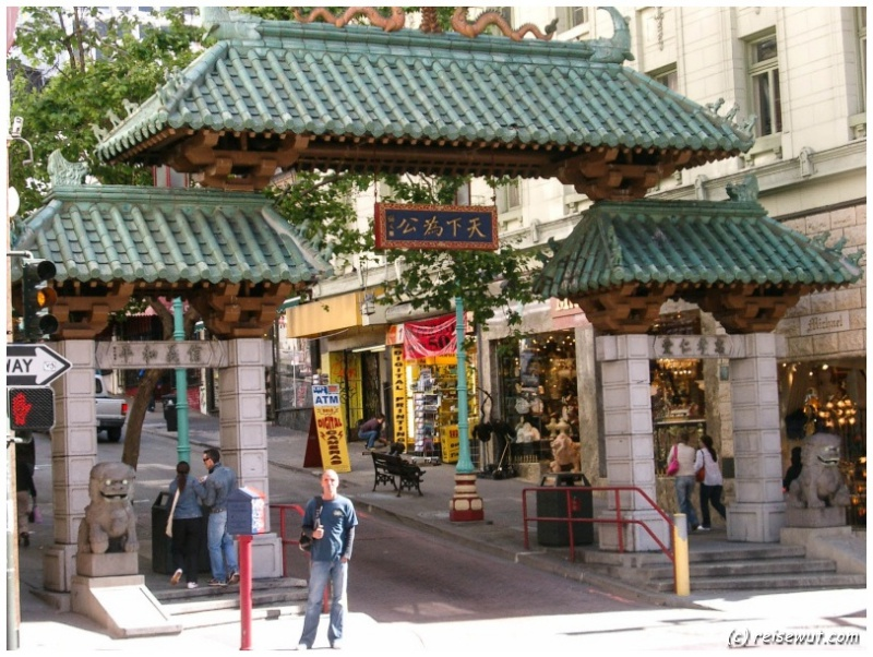 Chinatown Dragon Gate
