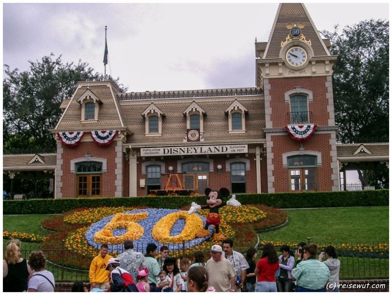Disneyland Anaheim Eingangsbereich, ab hier verteilen sich dann die einzelnen Bereiche