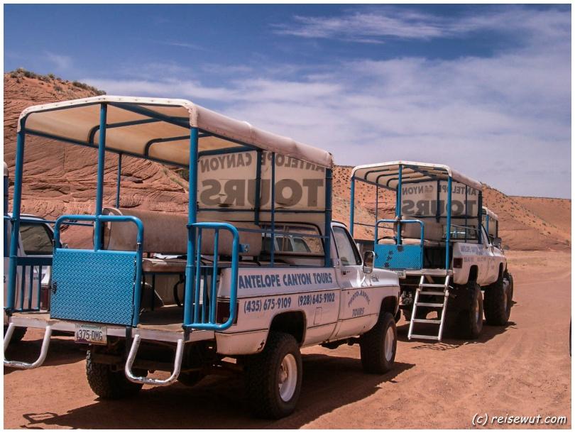 Antelope Canyon Tour Jeeps