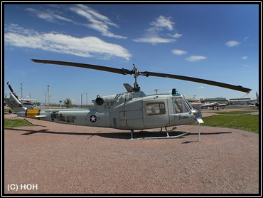 South Dakota Air and Space Museum ... Helicopter